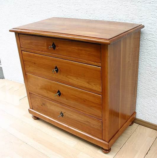 original biedermeier kommode massiv kirschbaum. Black Bedroom Furniture Sets. Home Design Ideas