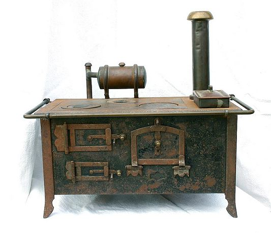 vorf hrmodell antik k chenherd f r die puppenk che oder puppenstube. Black Bedroom Furniture Sets. Home Design Ideas